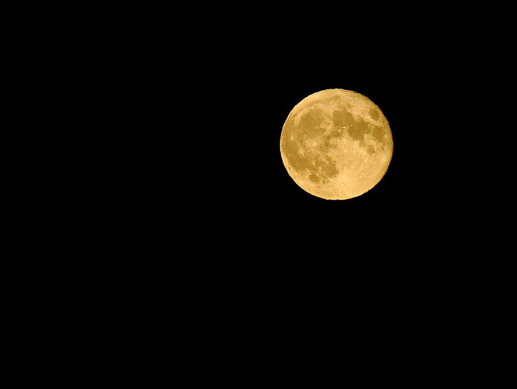 Gelber Mond